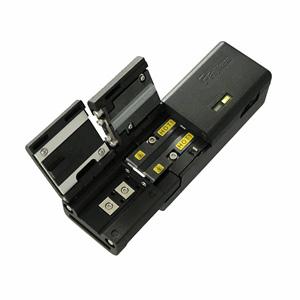 Peladora de fibra óptica, entrada frontal